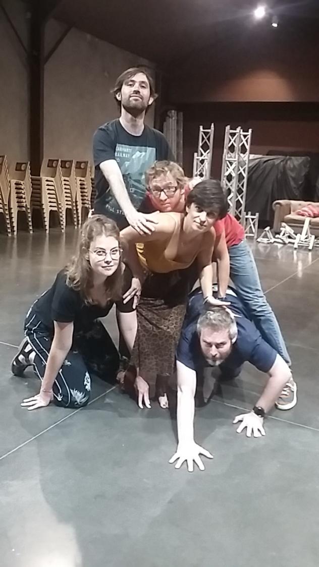 Cours de théâtre pour adultes en amateurs - A Villefontaine (Isère) @ Groupe Scolaire Jules Ferry